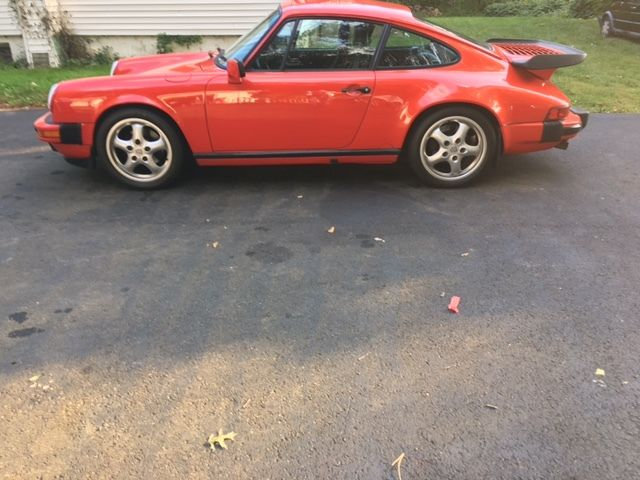 1988 Porsche 911 Carrera Coupe 2-Door