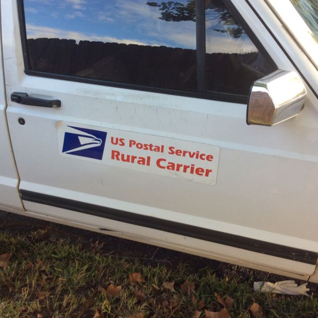 Old Postal Jeeps For Sale: 94 Jeep Cherokee 2dr Right Hand Drive