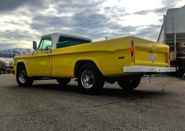 970 Dodge D100 Sweptline Truck Camper Special Custom