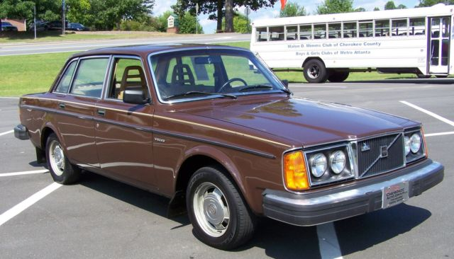 1980 Volvo 240 1-OWNER 65K TRUE SURVIVOR ONE OF THE BEST N MARKET