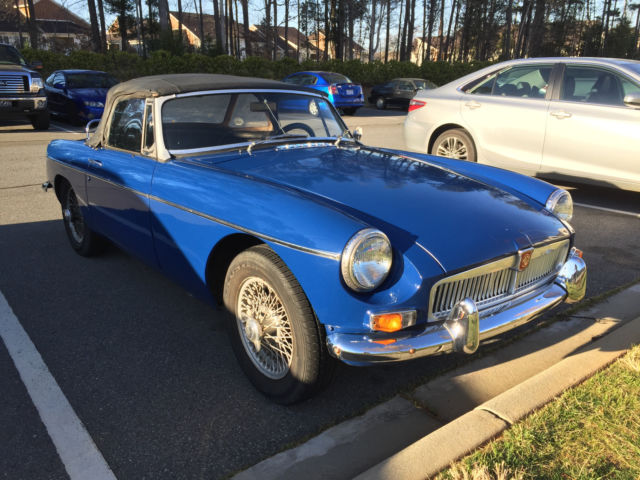 A nice 1967 MGB for sale: photos, technical specifications