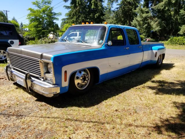 Air bagged 1973 chevy dually crew cab truck square body slammed c-10