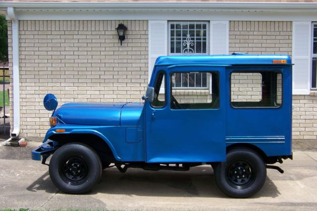 1983 Jeep DJ-5 Postal Mail