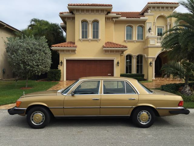 1975 Mercedes-Benz 400-Series 450SEL
