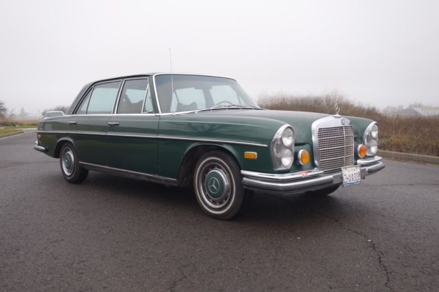1972 Mercedes-Benz 200-Series SEL