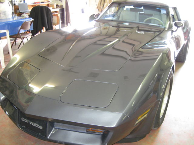 1982 Chevrolet Corvette T-TOPS