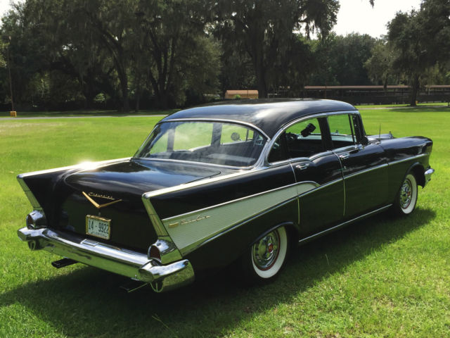 Beautiful 1957 chevrolet chevy bel air 4 door sedan resto for 1957 chevy 4 door sedan