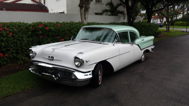 1957 Oldsmobile Eighty-Eight