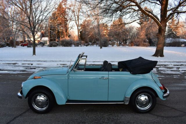 1972 Blue Volkswagen Beetle - Classic Convertible Convertible with Black interior
