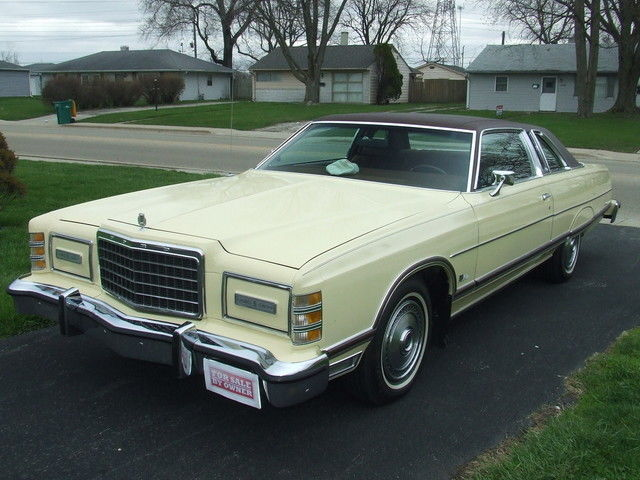 1977 Ford Galaxie Landau