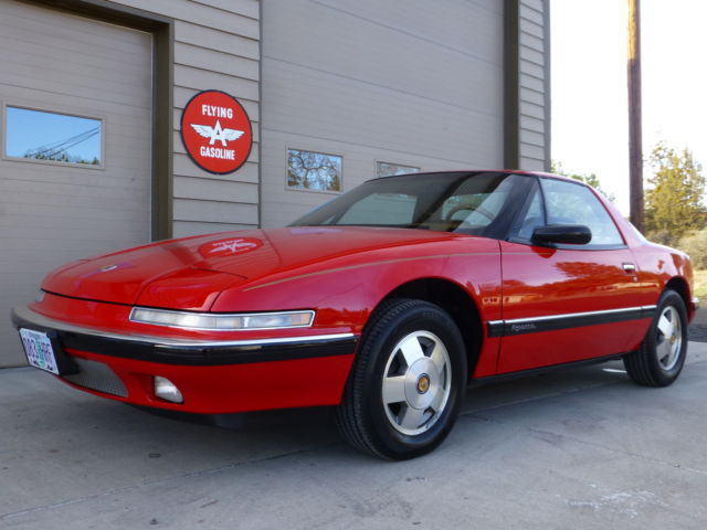 1990 Buick Reatta 2dr Coupe