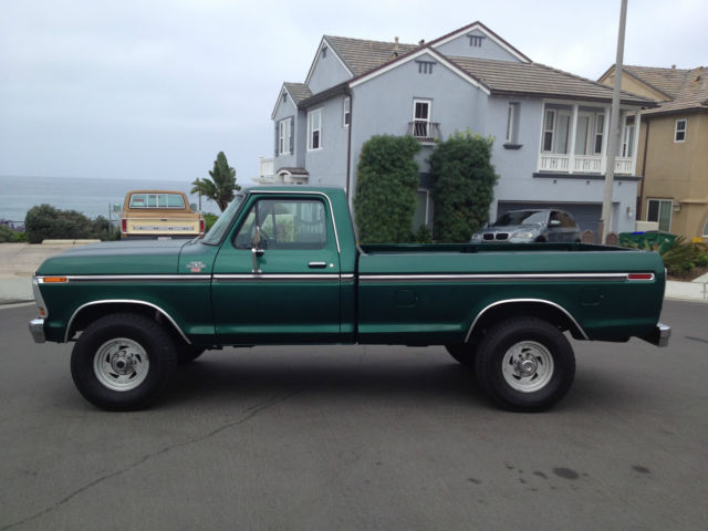 Beautiful dark green Ford F250 4x4 XLT! for sale: photos ...