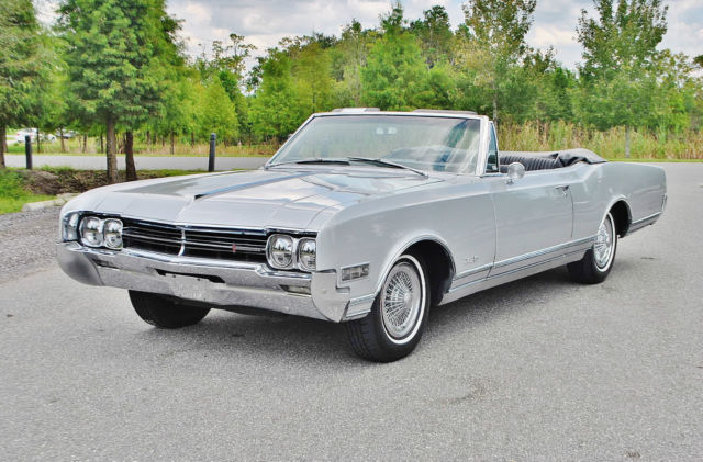 19660000 Oldsmobile Eighty-Eight huge no reserve sale this week on select classics
