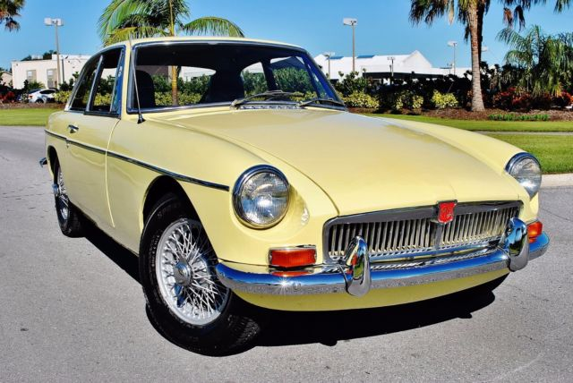 1969 MG MGB GT Coupe Restored 4-Speed Gorgeous Car