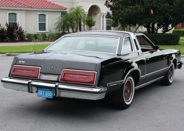 1979 Ford Thunderbird TOWN LANDAU LUXURY EDITION - 56K MI