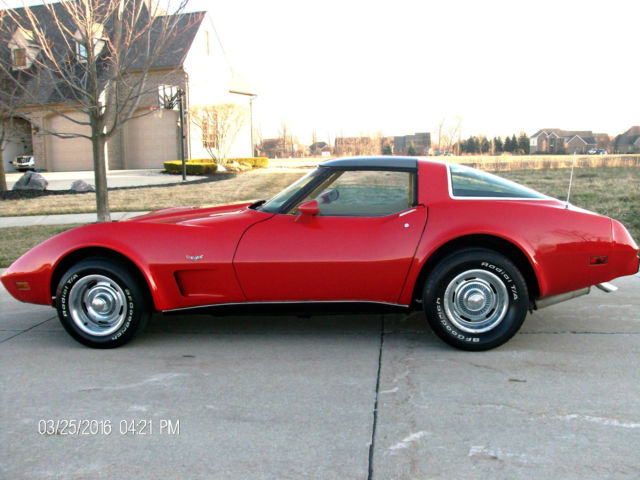 1978 Chevrolet Corvette GLASS T-TOPS  350 V8  4 SPEED