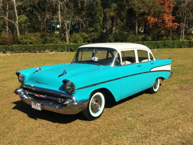 1957 Chevrolet Bel Air/150/210 Two-Ten