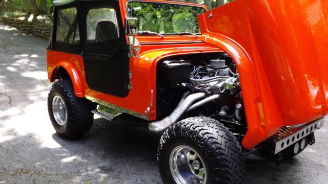 beautifully restored custom jeep wrangler cj7 4x4 w monster 350 chevy v8 for sale photos. Black Bedroom Furniture Sets. Home Design Ideas