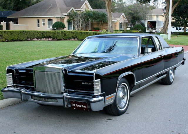 1977 Lincoln Town Car TOWN COUPE - 460 V-8 - 16K MILES