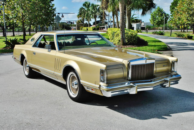 1978 Lincoln Mark Series loaded all books tools umbrella 9700 miles mint.