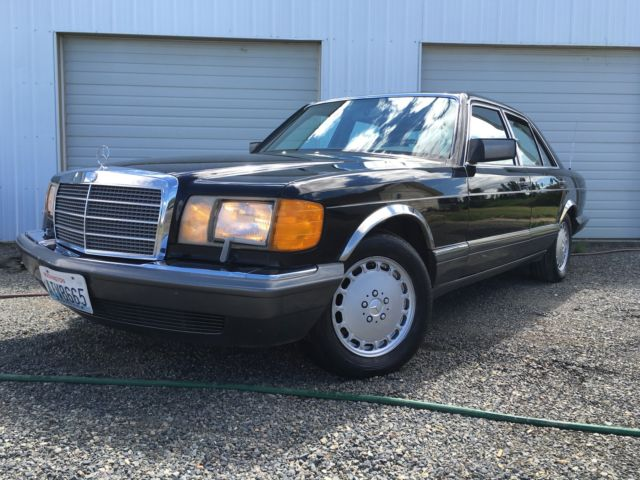 1990 Mercedes-Benz 300-Series