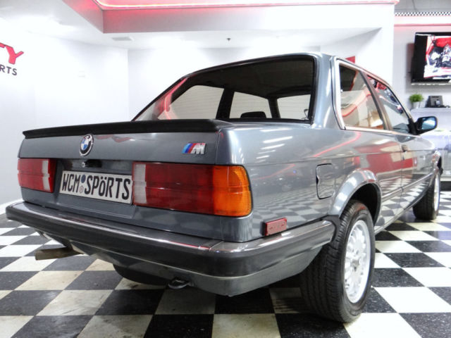 bmw 323i e30 coupe rare euro spec car 5 speed rust free. Black Bedroom Furniture Sets. Home Design Ideas