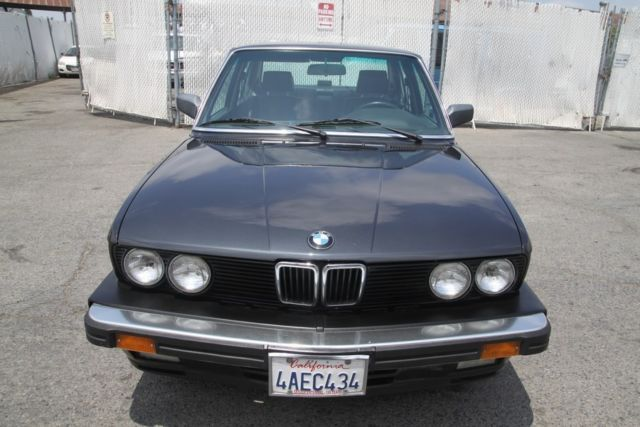 1987 BMW 5-Series iS