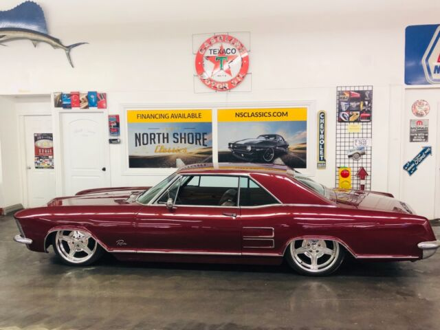 1963 Maroon Candy Buick Riviera -LUXURY CLASSIC ON AIR RIDE Hardtop with Tan interior