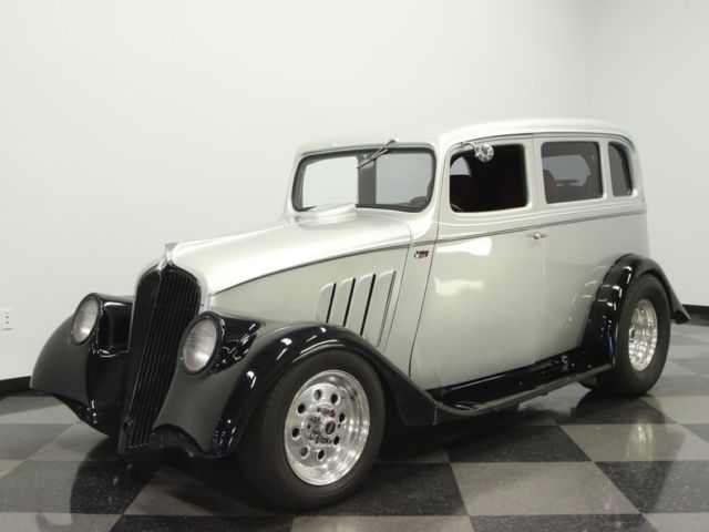 1933 Willys 2 Door Sedan