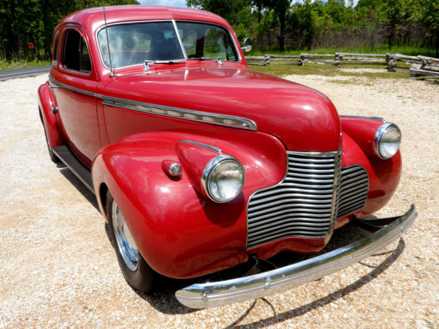 1940 Chevrolet Bel Air/150/210 V8 TWO DOOR COUPE