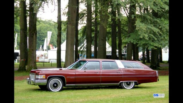 1976 Gold Cadillac Other Fleetwood Castilian Estate Wagon Wagon with Tan interior