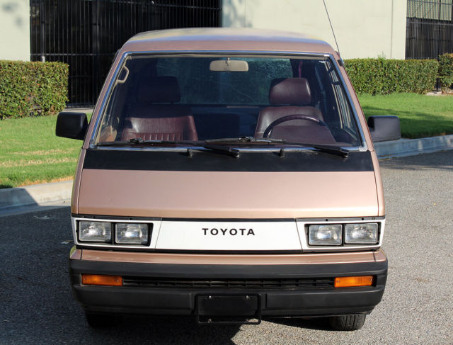 1985 Toyota Other Van, Cargo Van/Sleeper