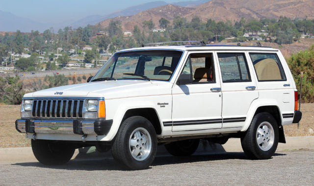 1987 Jeep Cherokee Laredo 4x4, California Two Owner