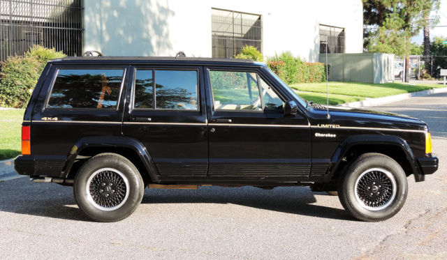 california original 1991 jeep cherokee limited 2 owner 4x4 100 rust free 105k for sale. Black Bedroom Furniture Sets. Home Design Ideas