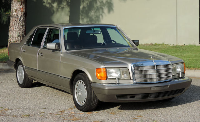 1989 Mercedes-Benz 300-Series California Mercedes Sedan