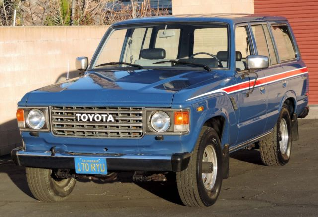 1987 Blue Toyota Land Cruiser California FJ60 SUV with Gray interior