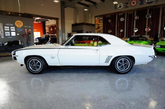 1969 Dover White Chevrolet Camaro SS Coupe with Rare Houndstooth Yellow interior