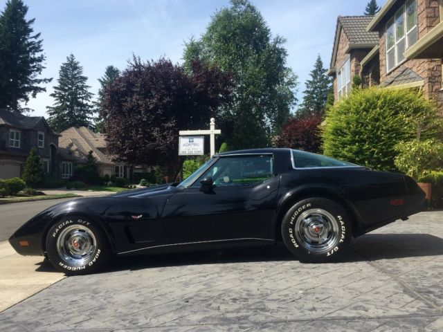 1978 Chevrolet Corvette LOW MILES 19,000 ACTUAL GARAGED LIKE NEW