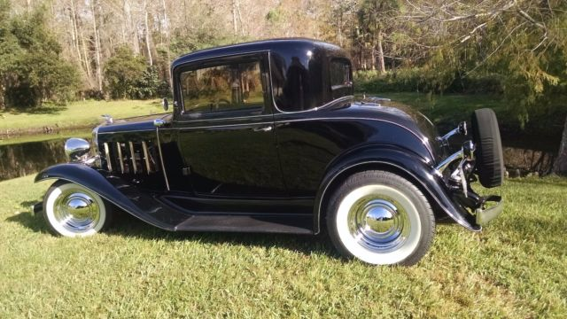 Chevrolet Deluxe Confederate 3 Window Sport Coupe 1932 for