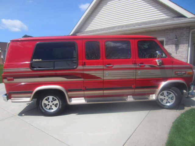 Chevrolet Red Conversion Van 350 V 8 Great Condition Stored Winters VERY CLEAN