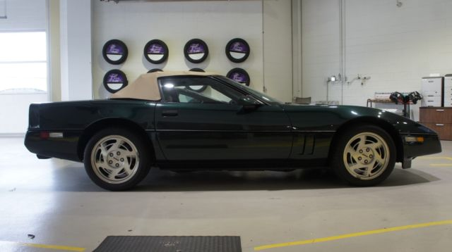 1990 Chevrolet Corvette Base Convertible