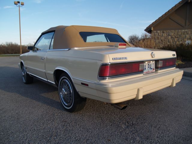 Chrysler LeBaron Convertible 62,000 miles for sale: photos