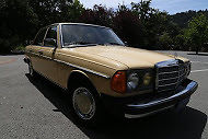 1982 Mercedes-Benz 200-Series 240D