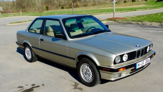 classic 1989 bmw 325i e30 two door sedan for sale photos technical specifications description. Black Bedroom Furniture Sets. Home Design Ideas