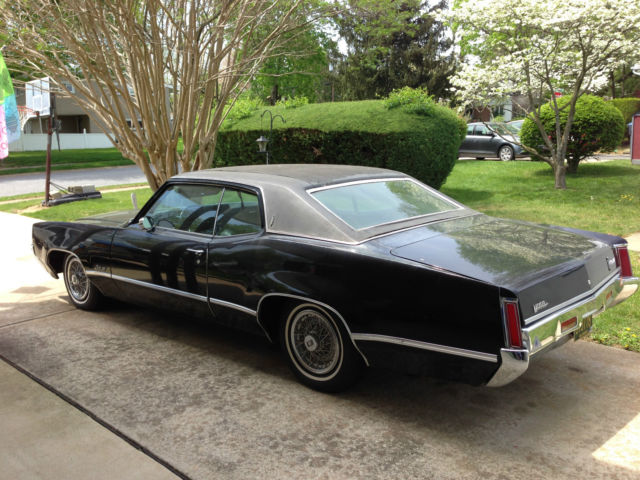 1969 Oldsmobile Eighty-Eight Holiday Coupe