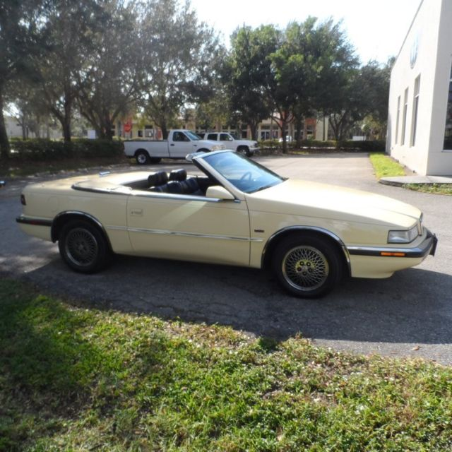 Classic 90 Chrysler TC Turbo Convertible Maserati 5 Spd
