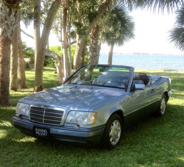 classic mercedes benz mb 1994 e320 cabriolet convertible silver blue 81k miles for sale photos technical specifications description topclassiccarsforsale com