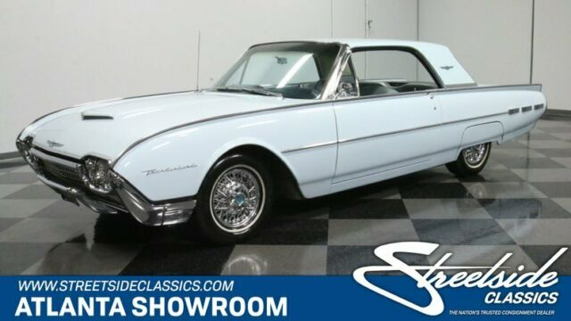 1962 Ford Thunderbird --