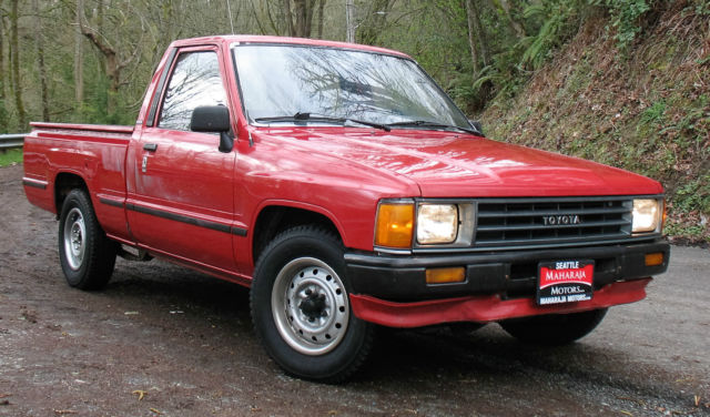 1987 Toyota Other Clean Rare Toyota Pickup Truck 22R Engine 4 speed