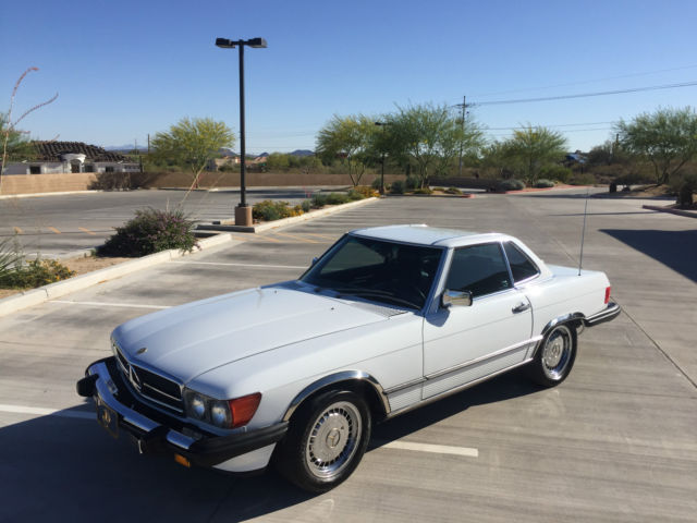 1989 Mercedes-Benz SL-Class Gold Package SL